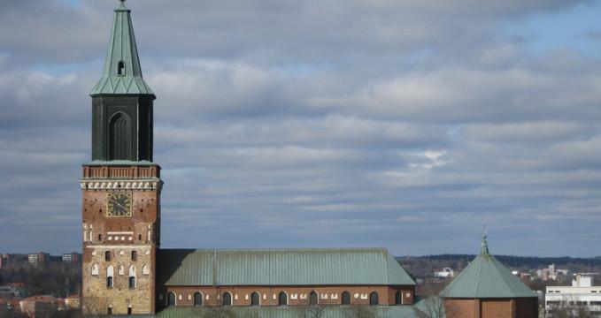 Katedrála Turku - https://www.flickr.com/photos/mjc/2427637792/
