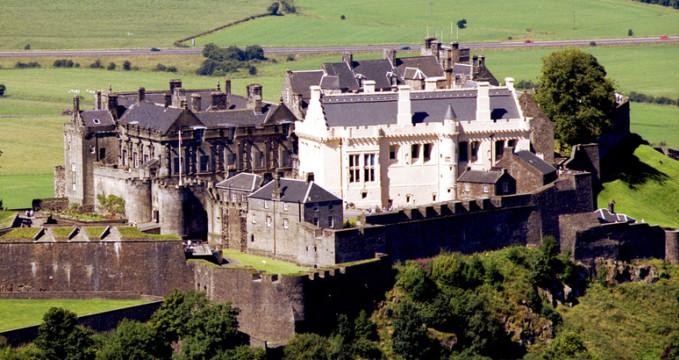 Stirlingský Hrad - https://www.flickr.com/photos/stirlingcouncil/5456318768/