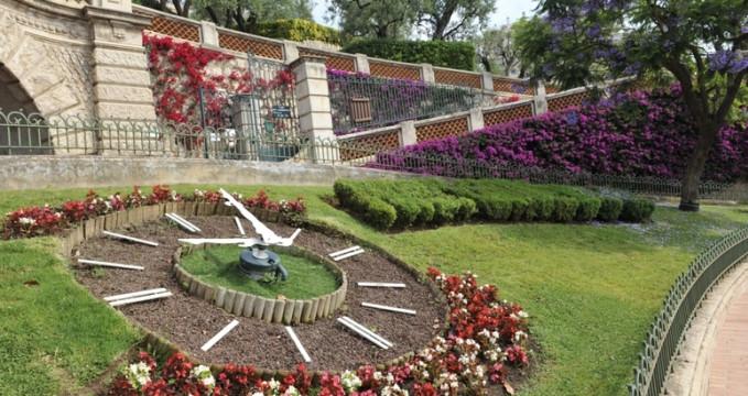 Park princezny Antoinetty - http://www.mairie.mc/en/langues-etrangeres/events-entertainment/princess-antoinette-park/