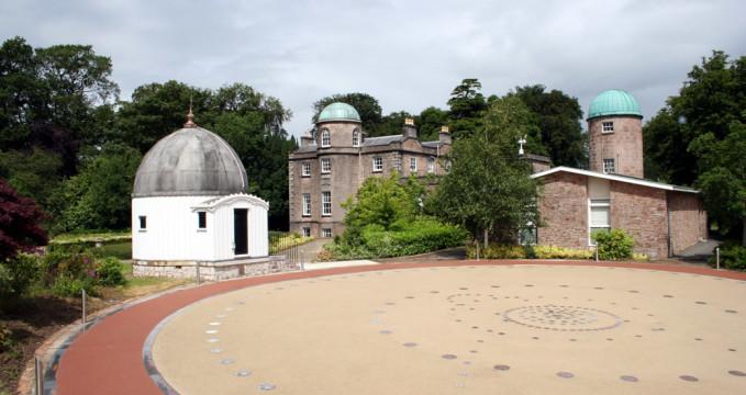 Observatoř a planetárium v Armagh - http://star.arm.ac.uk/about.html