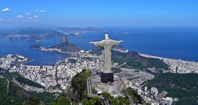 Socha Krista na hoře Corcovado - http://commons.wikimedia.org/wiki/File:Christ_on_Corcovado_mountain.JPG