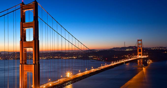 Golden Gate Bridge - http://freestock.ca/americas_g98-golden_dawn_bridge__hdr_p4181.html