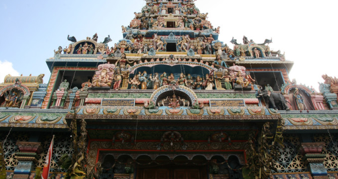 Chrám Sri Kailasanathar Swamy Devasthanam Kovil  - https://www.flickr.com/photos/tuttotutto/4866223257/