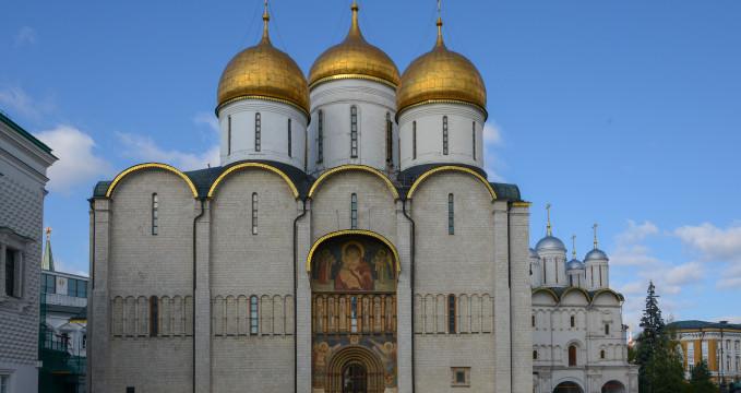 Uspenský chrám - https://www.flickr.com/photos/jlascar/19964269815/