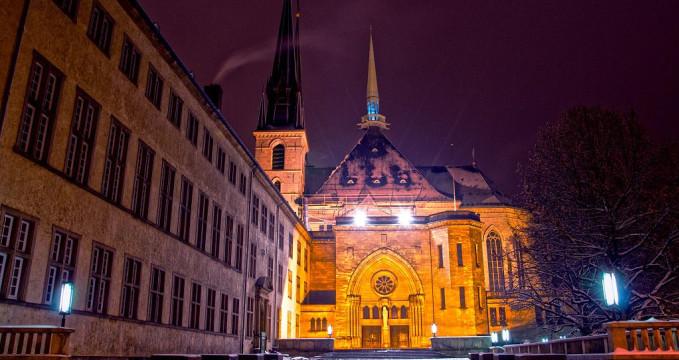Notre Dame - https://commons.wikimedia.org/wiki/File:Norte-Dame.jpg?uselang=cs