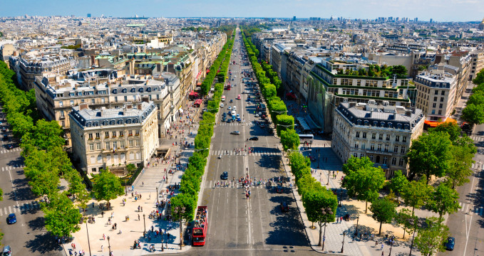 Avenue des Champs-Élysées -