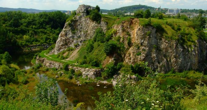 rezervace Kadzielnia, Kielce - http://amfiteatr-kadzielnia.pl/rezerwat/