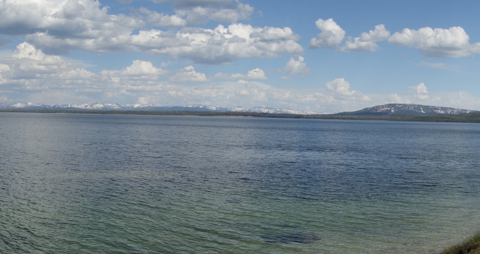 Yellowstone Lake -