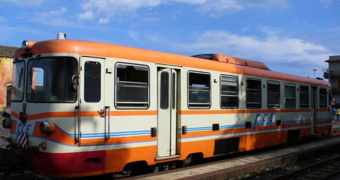 Ferrovia Circumetnea - https://www.flickr.com/photos/leandrociuffo/277117769/