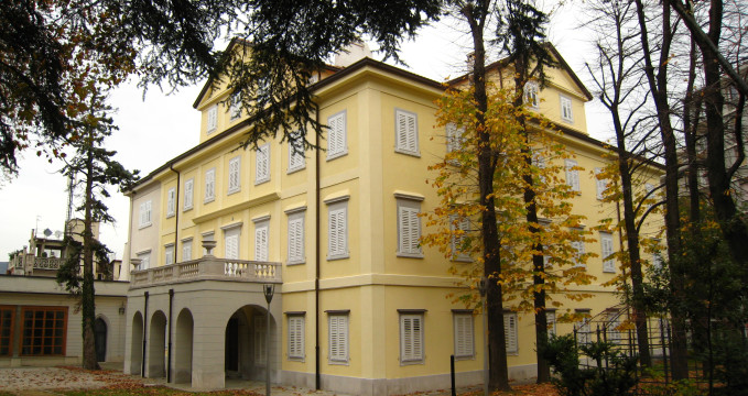 Městské muzeum Sartorio - https://en.wikipedia.org/wiki/Museo_Sartorio#/media/File:Trieste_-_Museo_Sartorio_01.jpg
