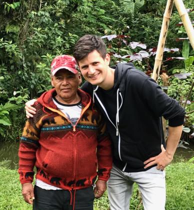 S našim šamanem maestro Sina z kmene Šipibo