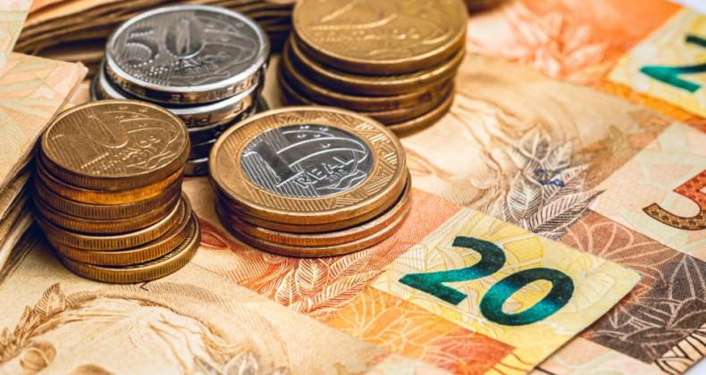 Brazilské bankovky a mince