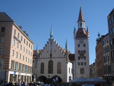 Mnichovská staroměstská radnice - http://www.flickr.com/photos/67975030@N00/8109803041/