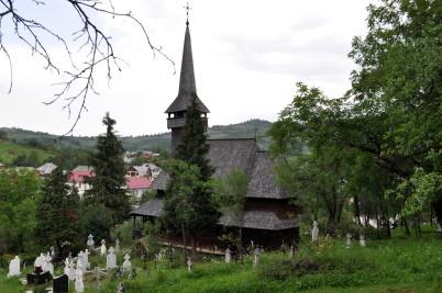 Poienile Izei - https://ro.wikipedia.org/wiki/Biserica_de_lemn_din_Poienile_Izei#/media/File:Poienile_IzeiMM_(110).JPG