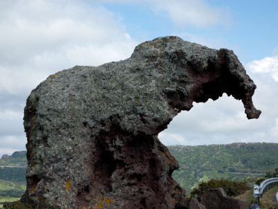 Roccia dell'Elefante  - https://www.flickr.com/photos/wiseguy71/4838298310/