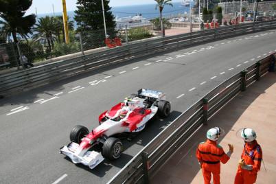 Velká cena Monaka - https://www.flickr.com/photos/hintsa/2534435001