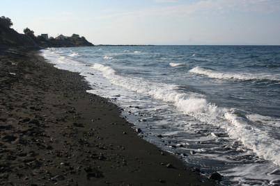 Pláž Baxedes - https://www.flickr.com/photos/thingsarebetterwithaparrott/5189475055