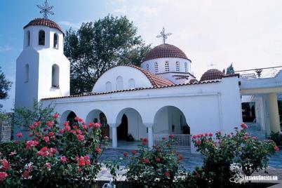 Kostel sv. Rafaela - http://www.lesvosgreece.gr/en/monastery-agios-raphael-straphael