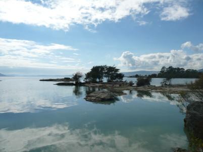 Lake Rotorua - https://commons.wikimedia.org/wiki/File:LakeRotorua.jpg