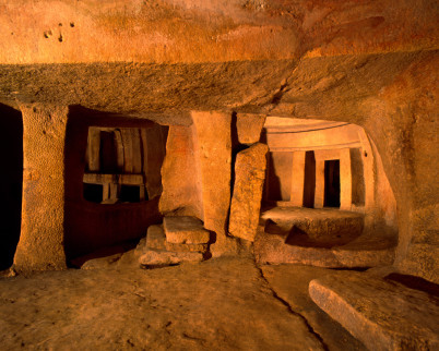 Labyrint Hypogeum na Maltě - https://www.flickr.com/photos/damiavos/15760740763