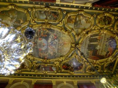 Kostel sv. Spiridona - https://www.flickr.com/photos/akandbdl/8057930304/in/photolist-dh3ZWQ-dh41k1-dh42zf-dh3Zar-dh3XWs-5WKXNh