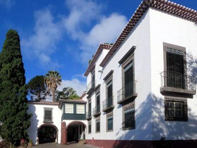 Museu da Quinta das Cruzes - https://www.flickr.com/photos/davidstanleytravel/14549125238/