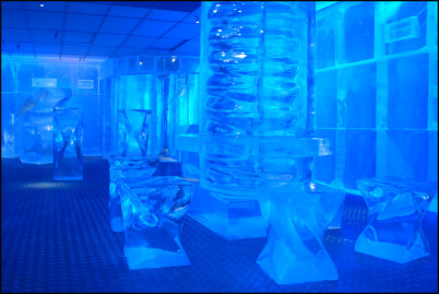 Ice Bar - https://www.flickr.com/photos/ringk/4582457010/
