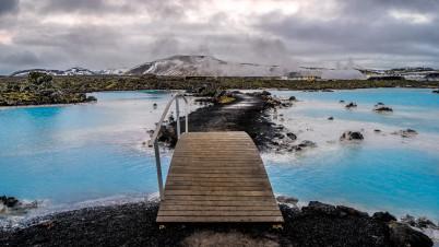 Modrá laguna - https://www.flickr.com/photos/giuseppemilo/23767978996/