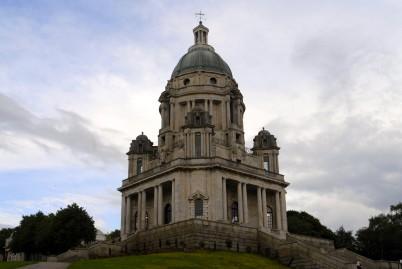 Ashton´s memorial - https://commons.wikimedia.org/wiki/File:Ashton_Memorial,_Lancaster.JPG