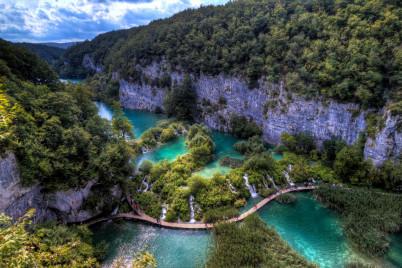 Dolní jezera - https://www.flickr.com/photos/touncertaintyandbeyond/4971312052/