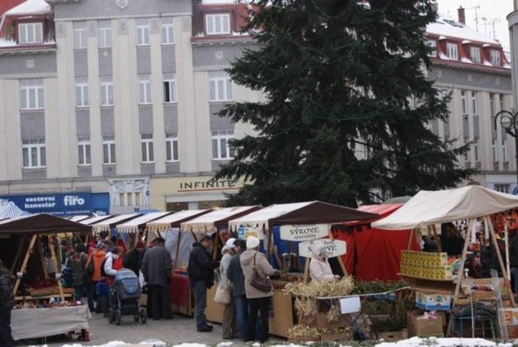 Vánoční trhy vHradci Králové na Masarykovo náměstí