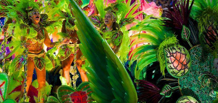 Karneval 2014 na Marques de Sapucai Sambadrome v Rio de Janeiru