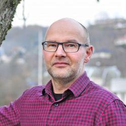Tron Løvås