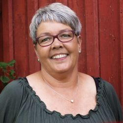 Anita Steinkjer