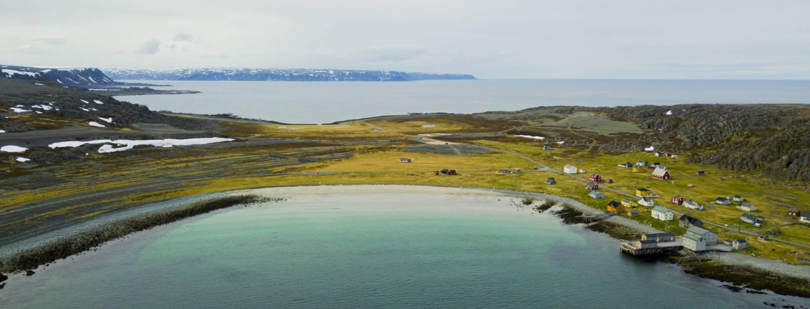 Dronefoto av Hamningberg. Foto: John Henrik Guttorm (Ikke gjenbruk)
