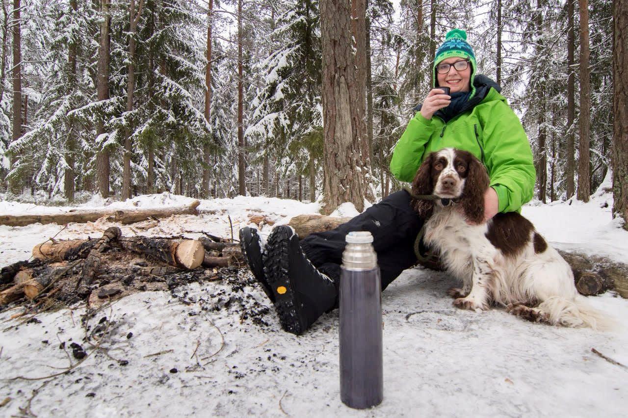Hanne Opdan i skogen