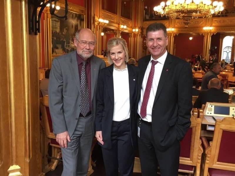 våre tre representanter