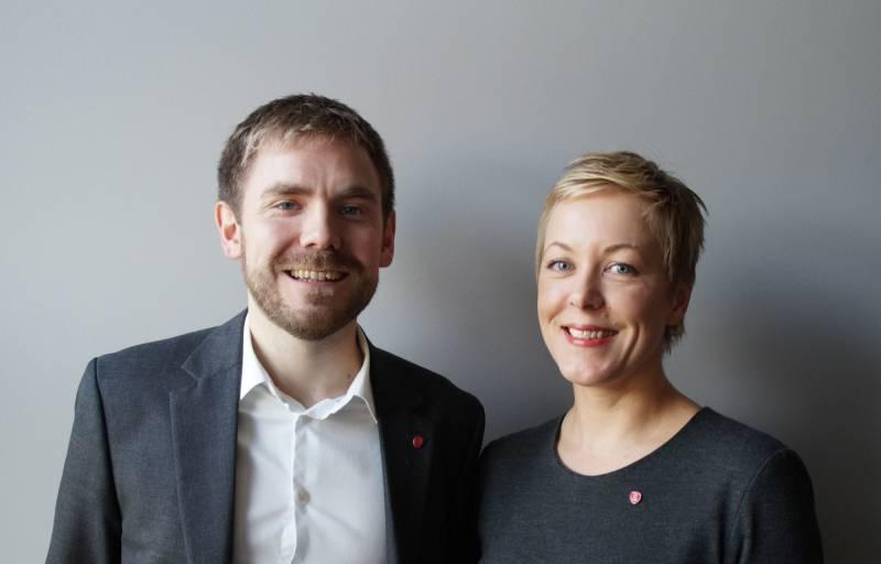Tom Kalsås, fra Gjesdal og vår andrekandidat står ved siden av Marianne Chesak fra Stavanger som er vår fylkesordførerkandidat.