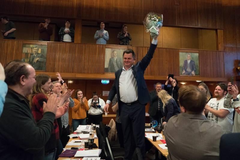 Øyvind Slåke ble valgt til ny partisekretær på årsmøtet