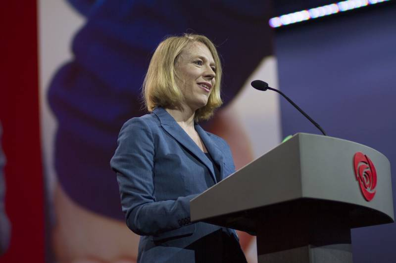 Anniken Huitfeldt gjenvalgt til sentralstyret