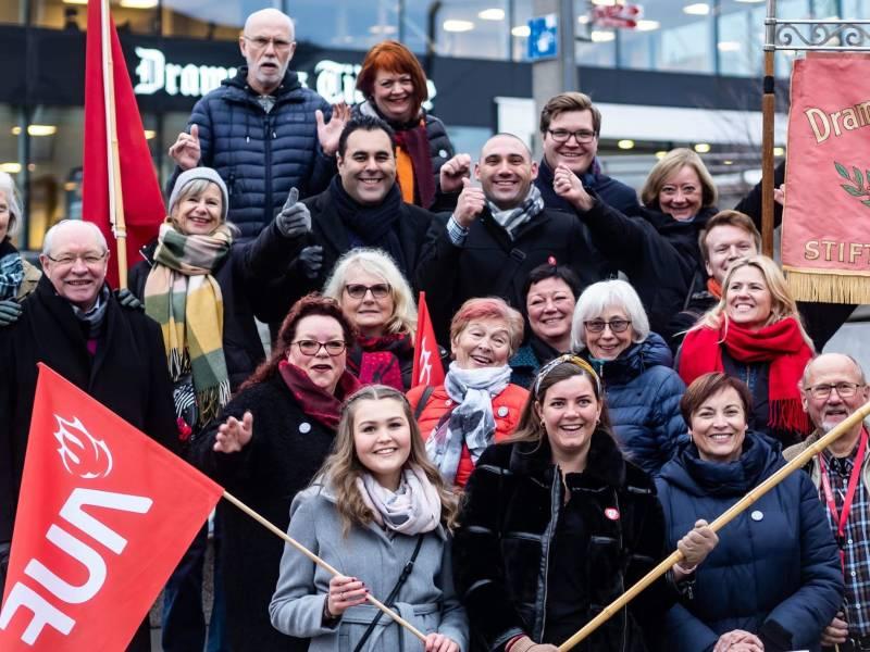Bilde av partifolk fra abortdemonstrasjon i november