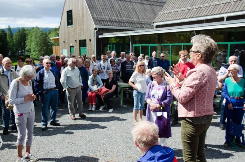 Marit ønsker 200 veteraner velkommen til sommersamling på Utøya