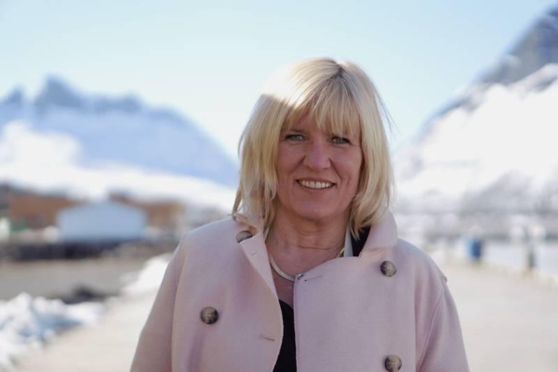Kari-Anne Opsal i Gryllefjord i april 2017. Tatt av Marta Hofsøy
