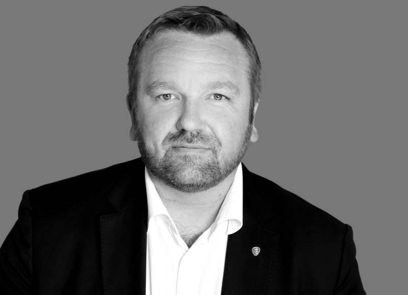 Anders Røberg-Larsen foto pressebilde sh svart/hvitt