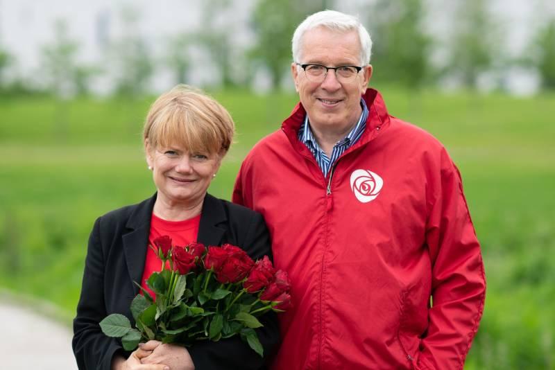 Ragnhild og Knut Jan i Rådhusparken