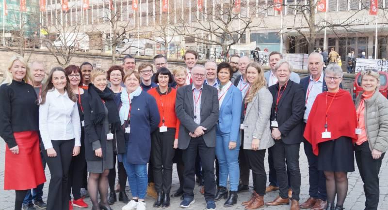 Rogaland sine delegater samlet seg for et gruppebilde før oppstart av landsmøte.