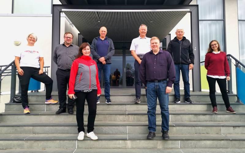 Sametingsgruppa med Alta arbeiderparti på trapp.