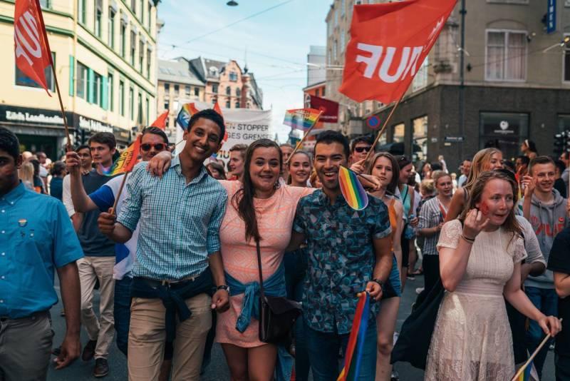 AUF - Gay pride