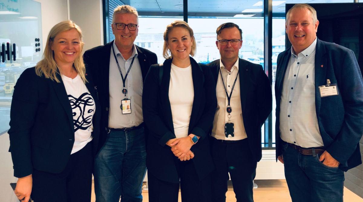Kjersti Stenseng, Tonje Brenna, og Ingar Storholt på Kongsberg Teknologipark