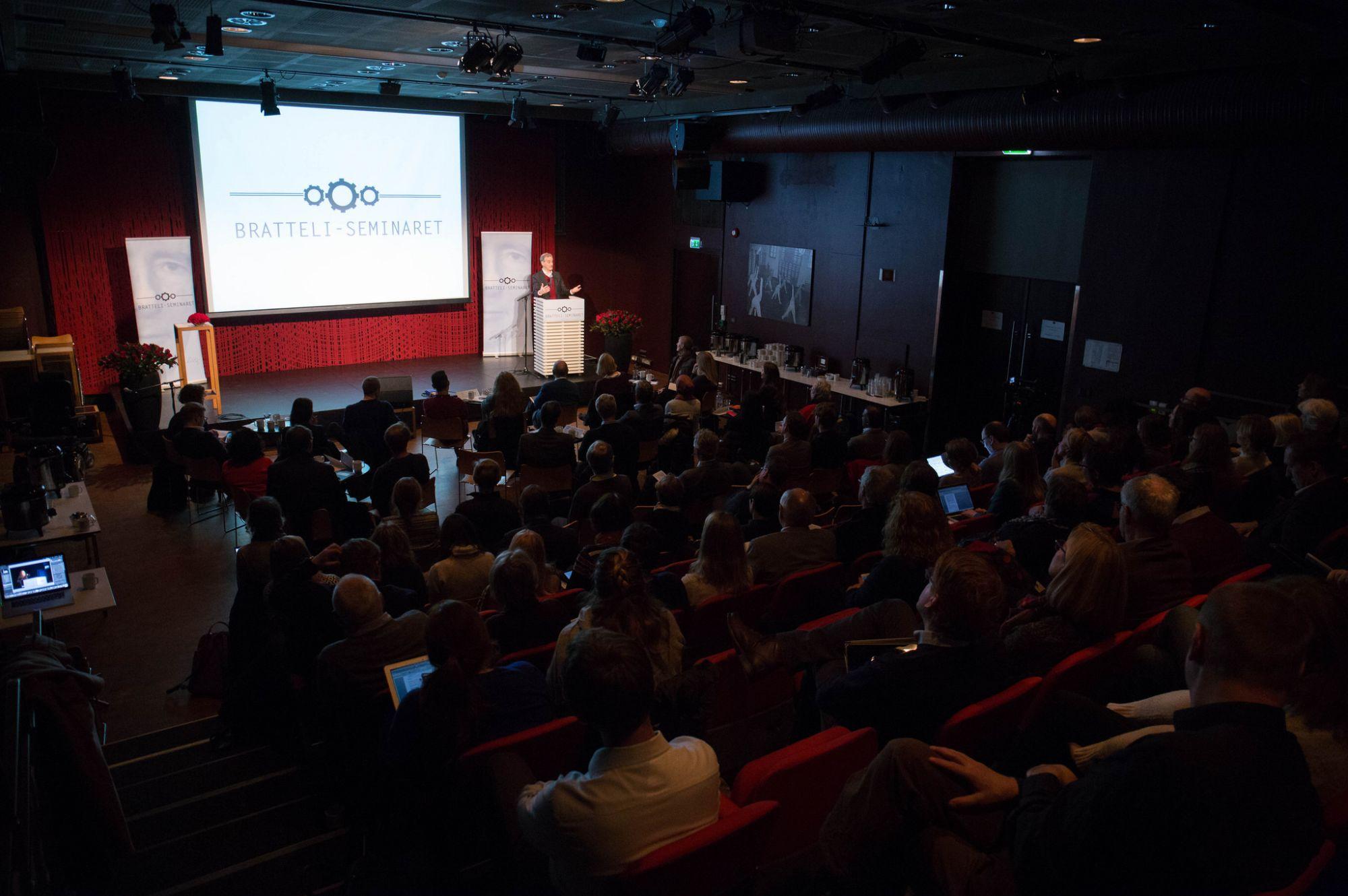 Bratteli-seminaret 2016 - Jonas Gahr Støre på scenen og publikum